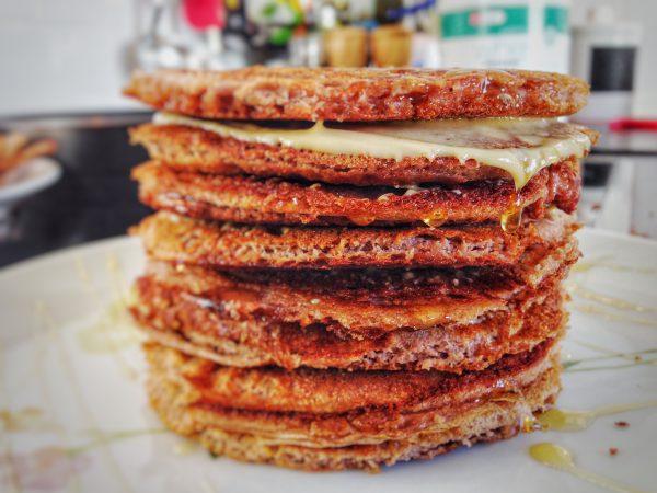 low-carb-pancake-pfannkuchen-ohne-mehl-schnell-einfach